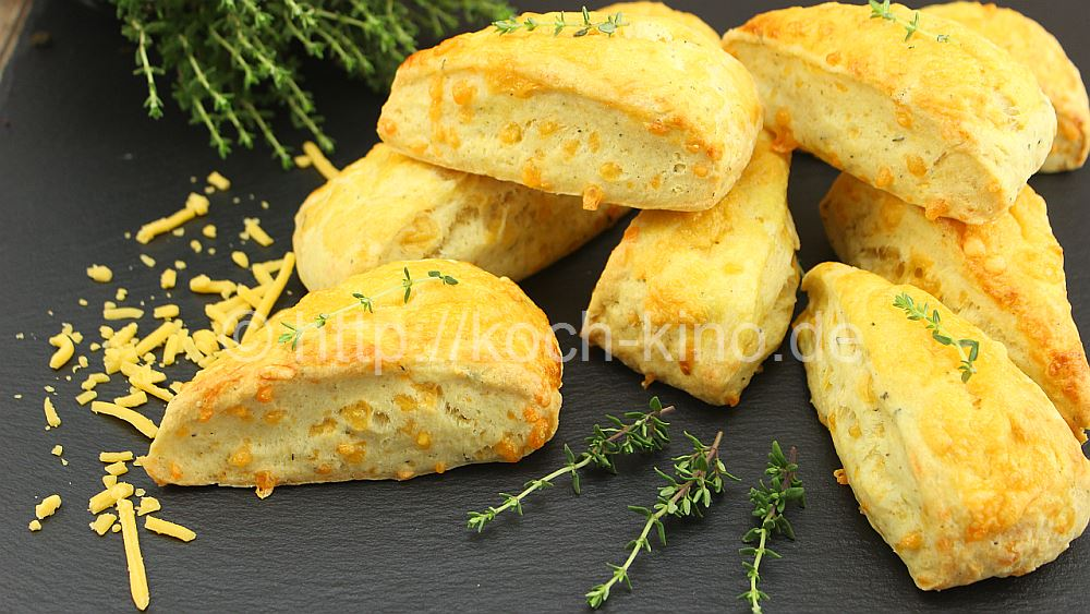 rezept scones mit cheddar und thymian. Black Bedroom Furniture Sets. Home Design Ideas